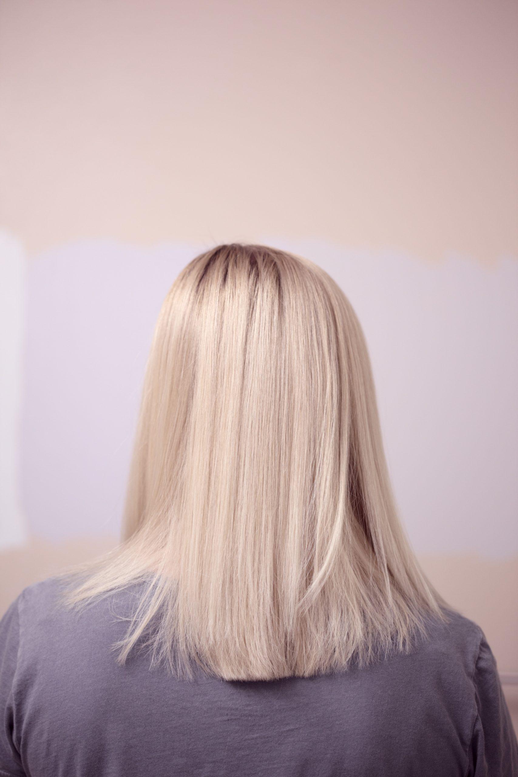 woman wearing gray top